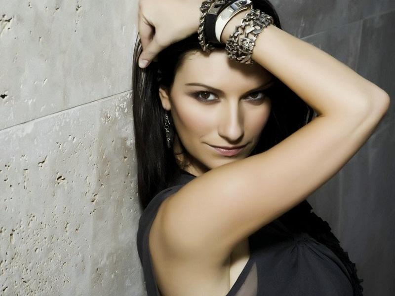 Laura Pausini: chi saranno gli ospiti del suo tour negli stadi?