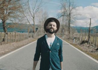 """Maurizio Chi: """"Malintenti"""" e l'utopia dell'amore"""