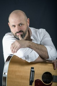Luca-Bacconi-Cantautori-gente-da-bar