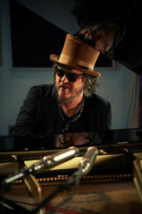 Zucchero-Sugar-Black-Cat