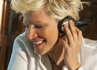 Laura Bono, dalla vittoria a Sanremo Giovani al Mention Day