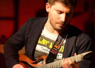 Renato Caruso presenta il suo nuovo album di chitarra acustica Aram