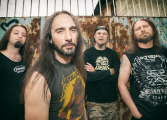 Extrema, la band metal torna alla carica con The old school