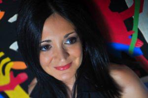 Le calde sonorità brasiliane di Occhi Negli Occhi, il nuovo lavoro di Francesca Elena Monte