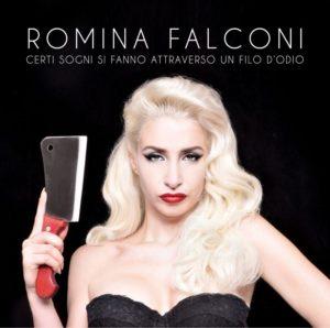 """Romina Falconi porta """"un filo d'odio"""" sui palchi di Italia 1"""