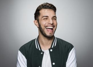 """Intervista: Marco Carta racconta """"Tieniti forte"""", il nuovo album"""