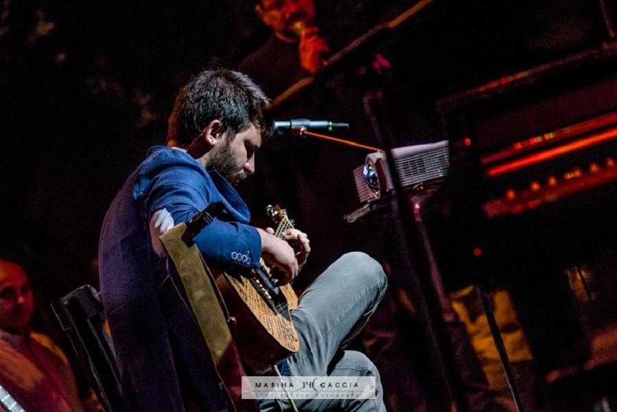 Renato Caruso aprirà il concerto di Alex Britti a Rossano