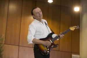 Dodi Battaglia: laurea honoris causa in Chitarra elettrica