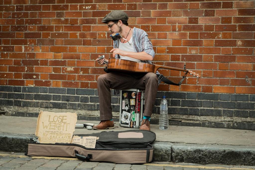 Artisti di strada: quanto è importante fermarsi ad ascoltare