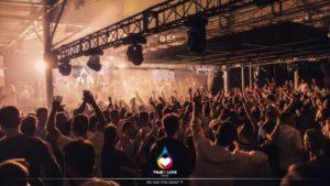 """""""OneLove Accendi l'Amore"""": musica, spettacolo e solidarietà con TimeToLove onlus"""