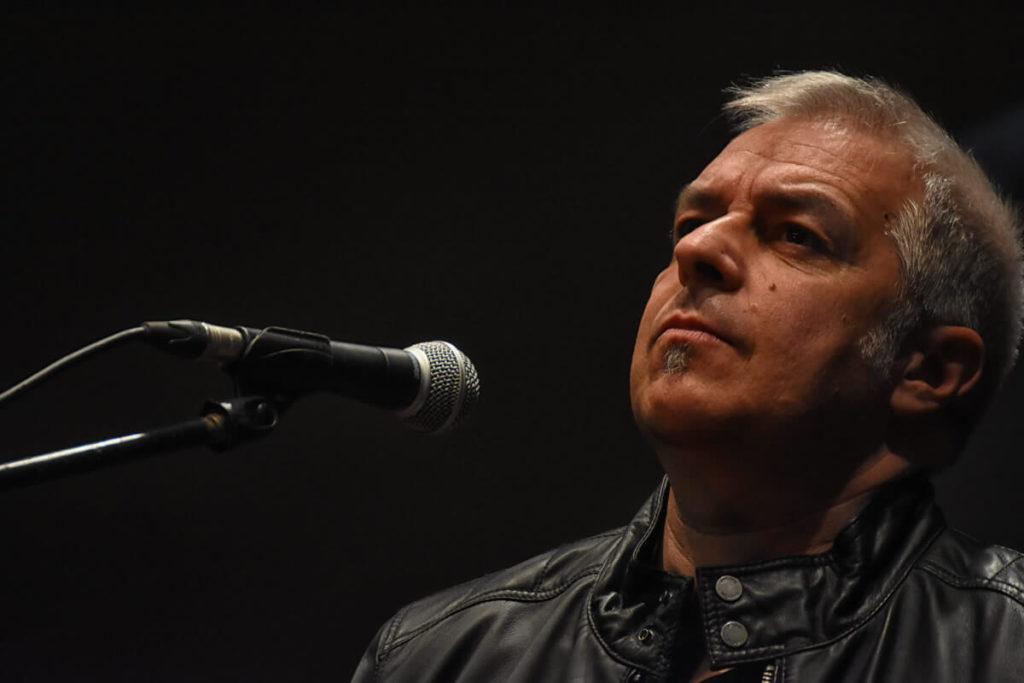 Davide Van De Sfroos al Teatro Manzoni di Milano