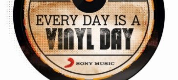 """""""Every day is a vinyl day"""" !"""