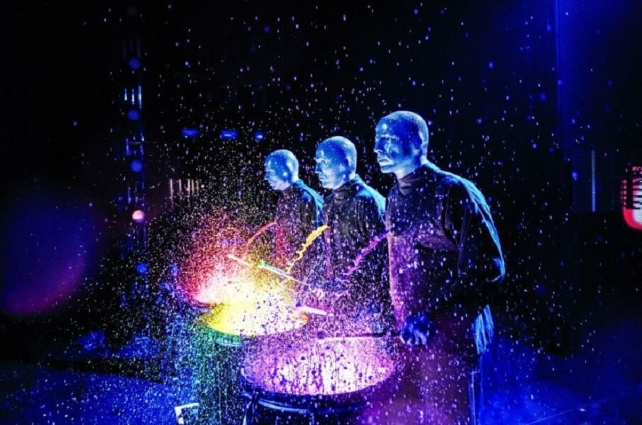BLUE MAN GROUP arriva in Italia e parte da Milano