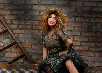 Marcella Bella, Metà amore, metà dolore, recensione