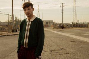 """Louis Tomlinson, il nuovo brano è """"Miss you"""". Il disco solita previsto per il 2018"""