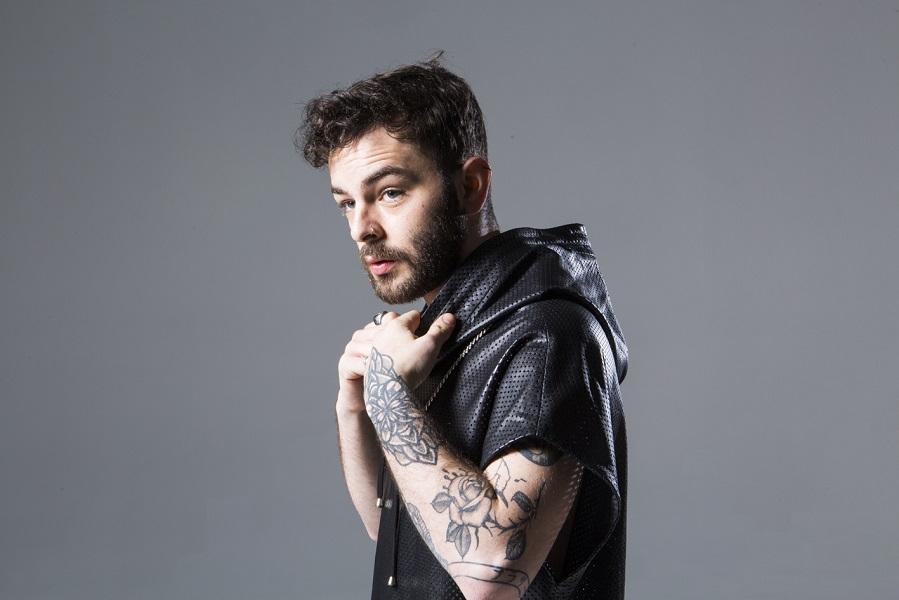 """Lorenzo Fragola presenta il nuovo album """"Bengala""""."""