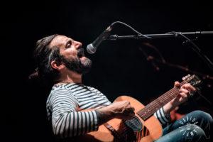 """Omar Pedrini: """"Cane sciolto"""", biografia di un rocker al teatro Menotti 2"""