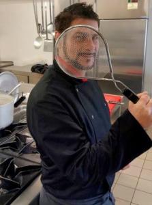 Oltre la musica - Damian, un cantautore in cucina 1