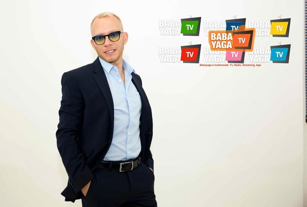 Felice compleanno Babayaga Tv 4