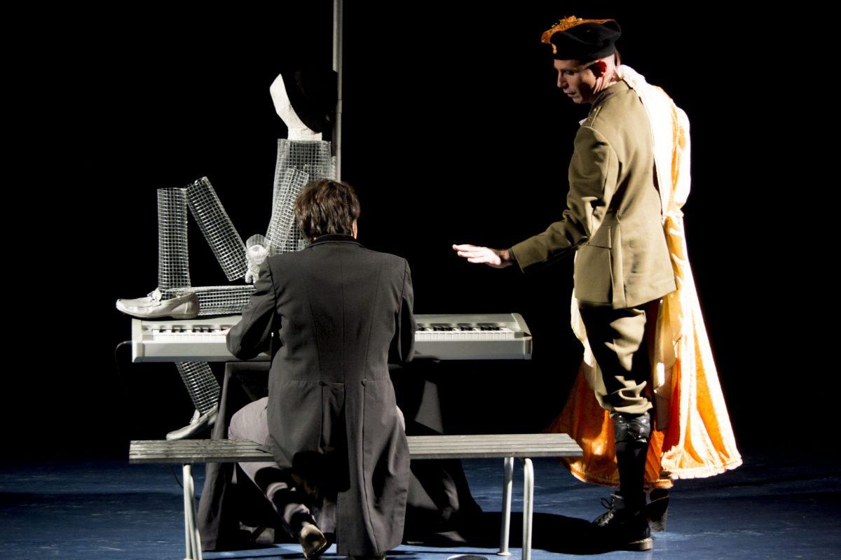 Musica a Teatro: Sacha Oliviero