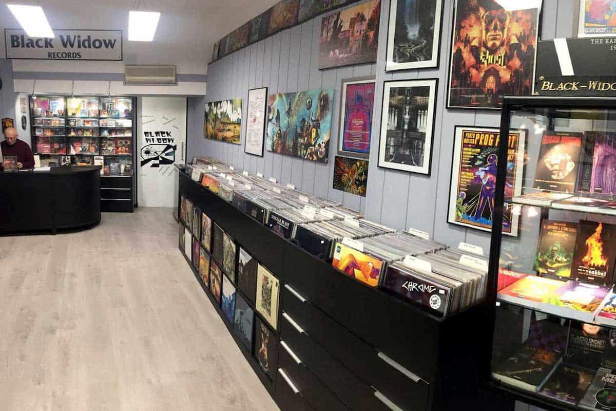 Etichette discografiche indipendenti: Black Widow Records Abbiamo ristampato parte della produzione dei Black Widow dei quali abbiamo stampato anche materiale inedito