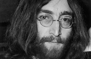 "#Notedicarta: John Lennon ""La biografia definitiva"""